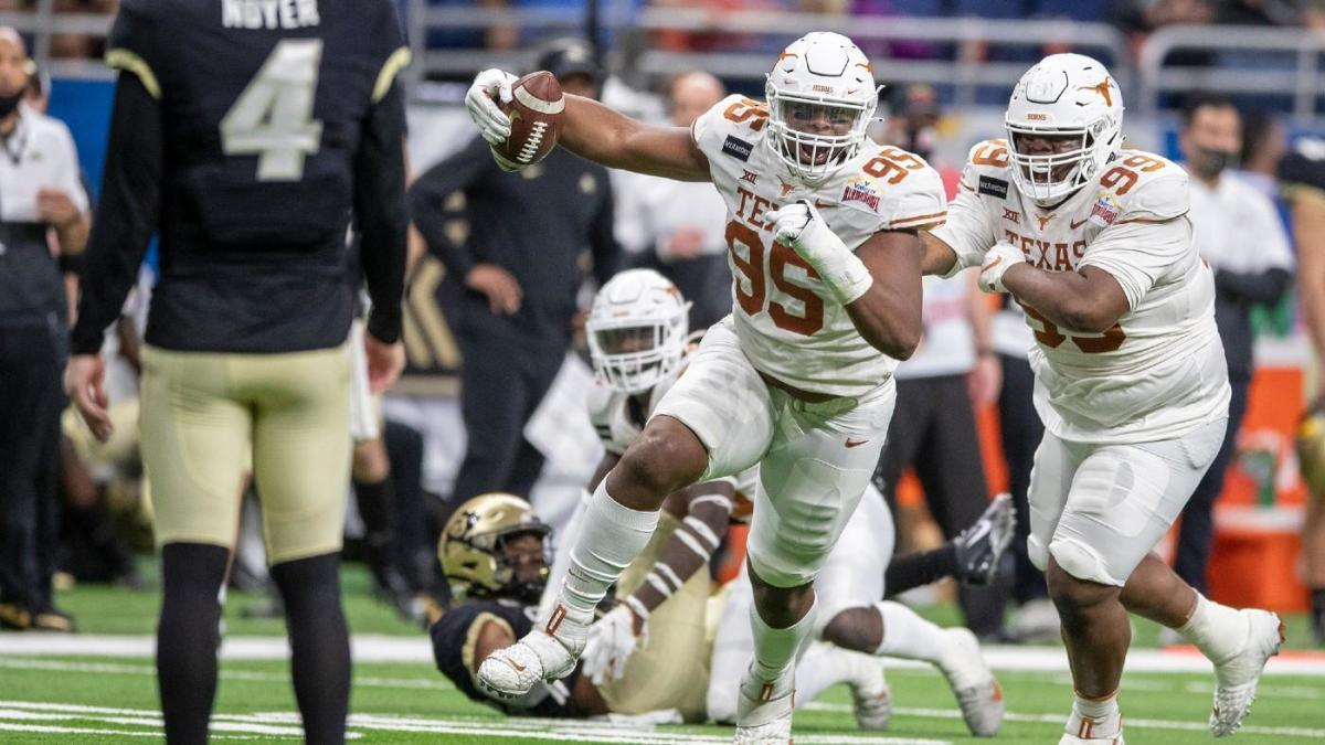 Texas-Colorado match result: After Sam Ellinger is injured, Longhorns' team catches attention in defeating Alamo Powell