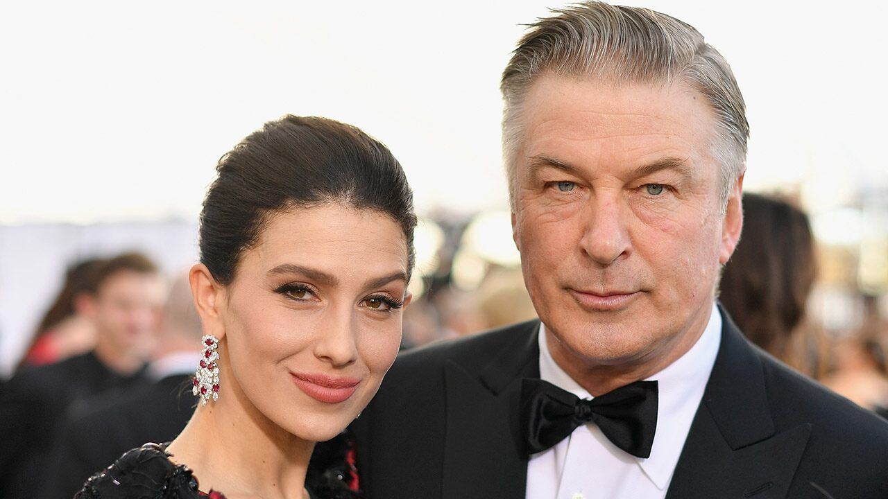 """Alec Baldwin should be playing """"SNL"""" on the controversy over a wife's legacy: Trump Jr."""