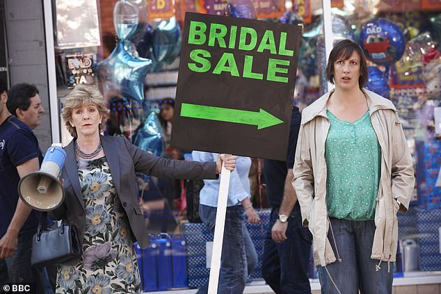 Original: Call Me Kat is based on the successful British comedy Miranda, created by actress Miranda Hart and starred on the BBC from 2009 to 2013