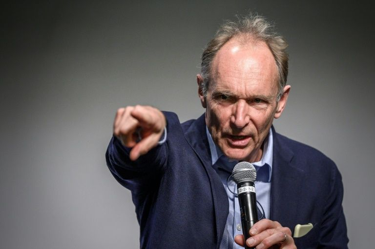 Inventor of the World Wide Web opposes Australian news payment plan
