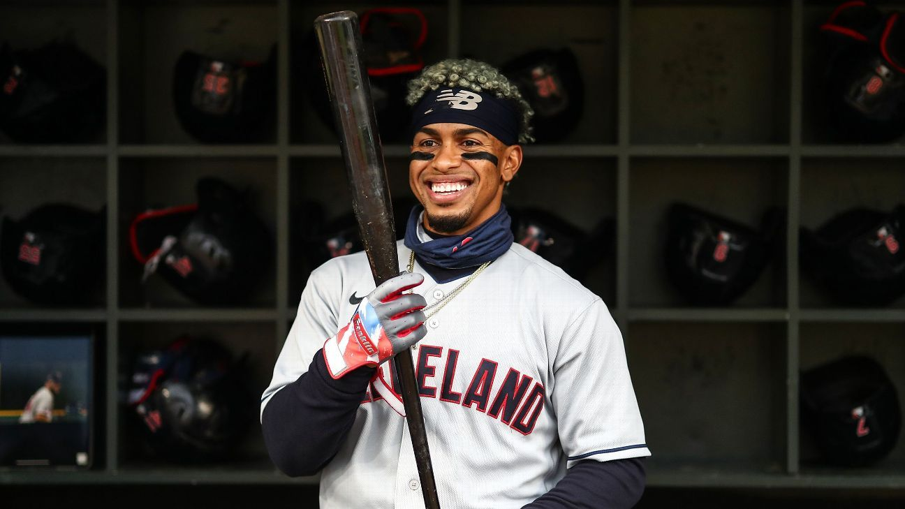 New York Mets to acquire Francisco Lindor and Carlos Carrasco from the Cleveland Indians in mega deal