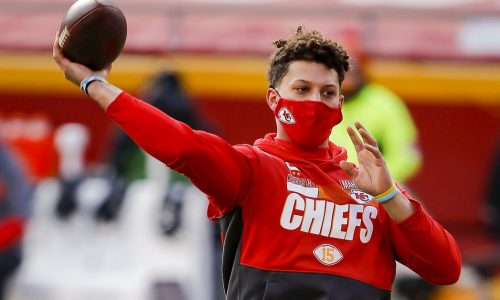Patrick Mahomes injured: QB heads still in the concussion protocol on Tuesday
