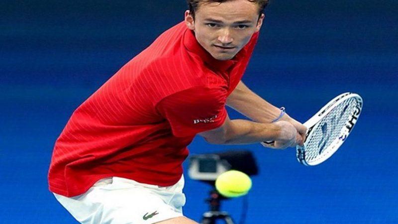 Медведев гарантирует России возвращение в полуфинал ATP Cup