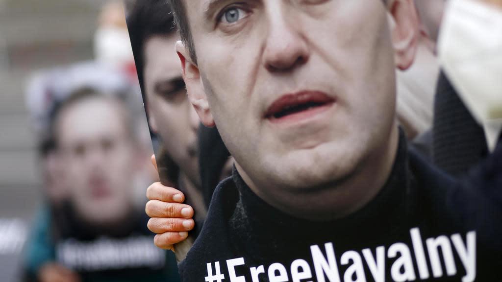 Российская прокуратура приказала группе Навального приостановить свою деятельность