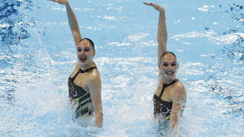 Российский синхронный дуэт выиграл золото в произвольной программе на чемпионате Европы по водным видам спорта 2021 года – Спорт