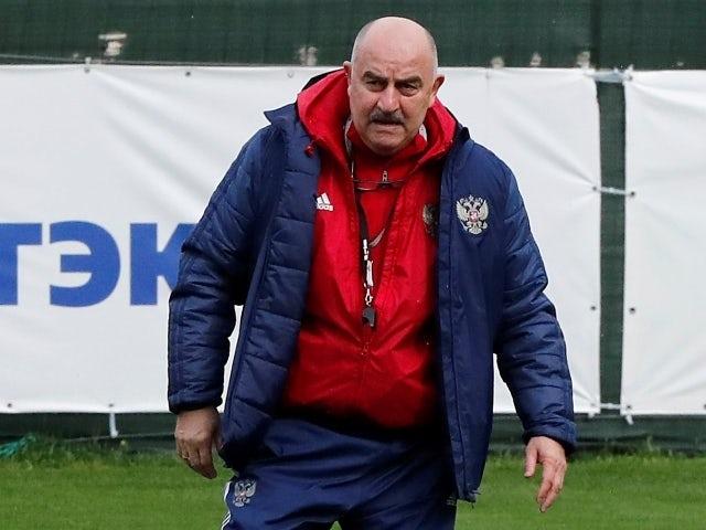 Тренер сборной России Станислав Черчесов во время подготовки к розыгрышу Кубка Евро-2020 20 мая 2021 года.