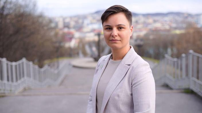 Русские женщины сталкиваются с хаосом при баллотировании