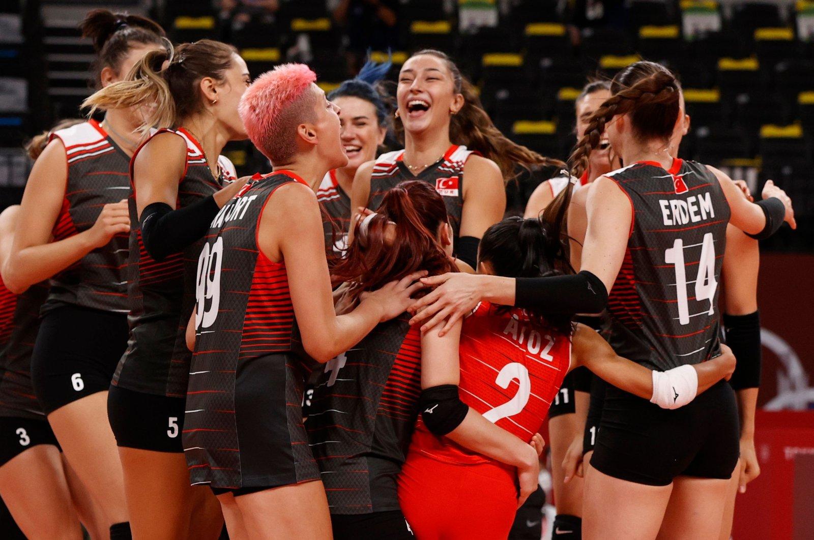 Женская сборная Турции по волейболу обыграла россиян и заняла третье место в олимпийской группе