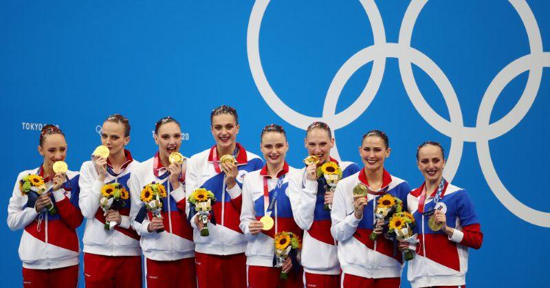 Олимпиада по синхронному плаванию со сборной России продолжает золотую гонку, а Китай завоевывает серебряную медаль