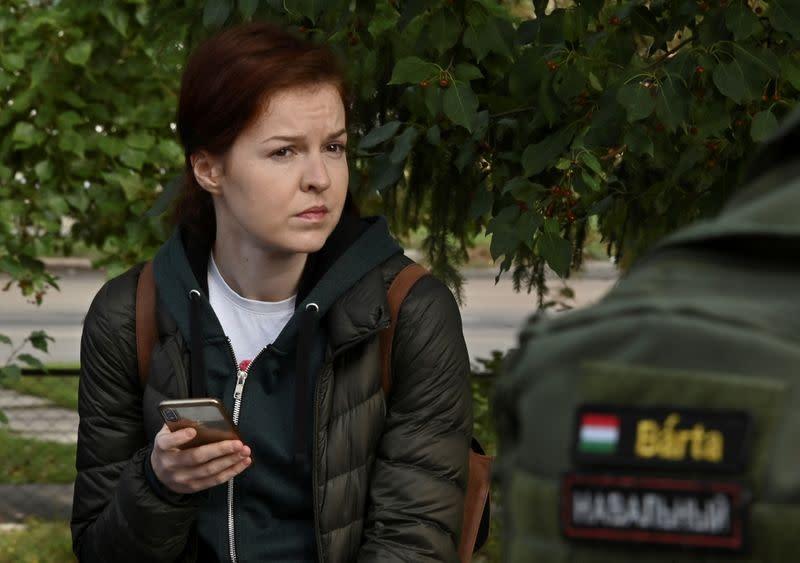 Российский суд постановил ограничить свободу пресс-секретаря Навального на два года