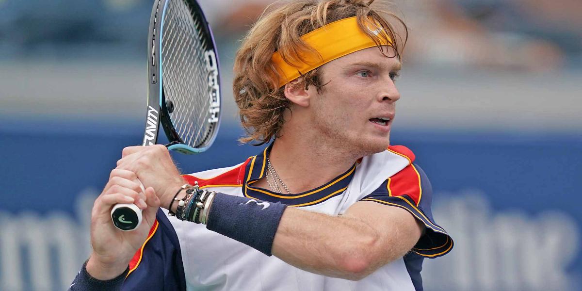 Андрей Рублев из России вошел в пятерку лидеров рейтинга FEDEX ATP