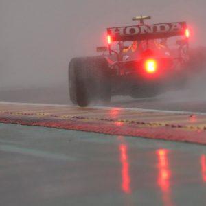 Гран-при России под угрозой: на выходных ожидается еще больше дождей из-за уже затопленной трассы Формулы-1