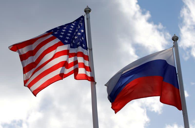 Москва заявляет, что скандальная высылка российских дипломатов из США будет означать, что посольство США будет закрыто